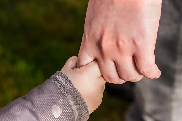 Urvertrauen Kinderhände